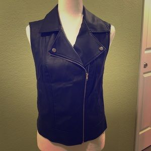 F21 faux moto leather jacket vest